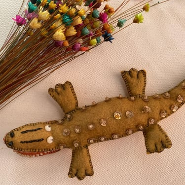 Vintage Felt Alligator Magnet, Could Be Ornament, Felt Sequins And Rochielle Beads, Gator Lovers, Christmas Ornament by luckduck