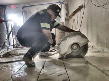 Cutting a floor in a freezer